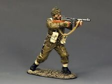 DD191 Sergeant Firing 'Tommy' Gun by King & Country