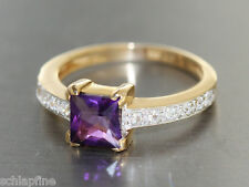 Ring Gold 585  - Ring in 14 kt Gold (585) mit 1 Amethyst + Zirkonias