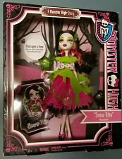 "Monster High Story Draculaura, ""Snow Bite"" New in Box Mattel 2012"