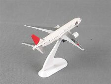 StarJets 1/400 Japan Airlines JA8984 Diecast Airplane Model Collection With Box