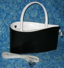New Daniela Moda Italian Black & White Leather Teardrop Water Drop Handbag Purse