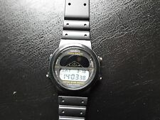 VINTAGE CASSIO RMW 15 ULTRA RARE VINTAGE MOON PHASE ,SUPER CONDITION.LCD DISPLAY