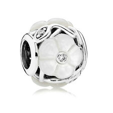 New Authentic Pandora Luminous Floral Mother of Pearl Bead Clear CZ # 791894MOP
