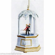 Hallmark 2007 Waltzing On Air  Treasures And Dreams  Ornament
