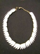 Vintage White Thermoset Collar Necklace/Choker Signed TRIFARI 50's Retro Leaves!