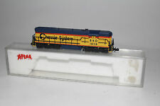 KATO N SCALE B&O CHESSIE SYSTEM #1828 SD-7 DIESEL LOCOMOTIVE ENGINE
