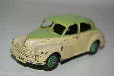 DINKY TOYS 159 MORRIS OXFORD TWO TONE CREAM / GREEN REPAINT EXCELLENT CONDITION
