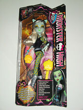 Monster High Puppe Fusions-Mode Freundinnen Frankie Stein™