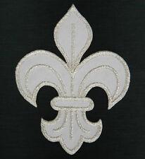 Ecusson Patch thermocollant brodé FLEUR DE LYS ROYALE Royal symbol -blanc argent