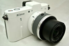 Nikon 1 V1 10.1 MP digital camera / 10-30mm lens *mint *warranty