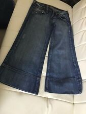 Hippie Brand bottom flare Capri Jeans style size 8/10 European 28 back flap