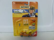 1990 Matchbox Emergency Action Pack 1985 Break Down Van (2)