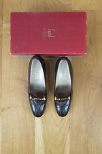 *GUCCI* VINTAGE HORSEBIT PUMPS (38 B)