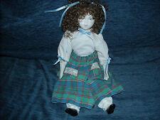 Muñeca Nieves de la marca Gelybobes