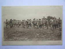 WORLD WAR I DAILY MAIL OFFICIAL POSTCARD TAKING IN PRISONERS GREAT ADVANCE No 48
