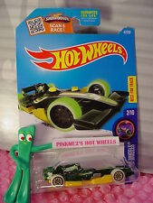 F1 RACER #47☆Green/Yellow;black lace☆GLOW Wheels☆2016 Hot Wheels Case Q