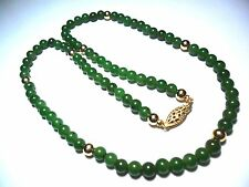 VINTAGE GREEN JADE STRING BEAD 18 INCH NECKLACE 14K SOLID YELLOW GOLD CLASP