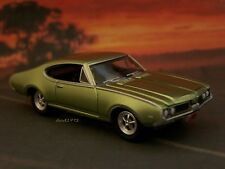 1969 69 OLDS OLDSMOBILE 442 CUTLASS COLLECTIBLE 1/64 SCALE MODEL - DIORAMA