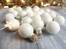 LUXURIOUS!! 24 Glass Baubles Warm Wool White Christmas Tree Decorations 2.5cm