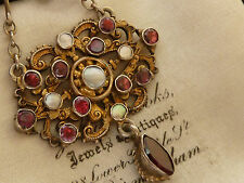 ANTIQUE VICTORIAN AUSTRO HUNGARIAN VERMIEL PENDANT SET WITH GARNETS & MOP