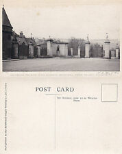 1920's FOURCOURT HOLYROOD PALACE EDINBURGH SCOTLAND UNUSED POSTCARD
