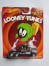 Hot Wheels 1:64 Looney Tunes Marvin The Martian - Kenworth W900 Brand new