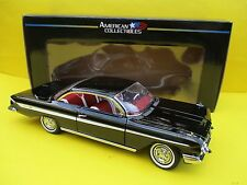 CHEVROLET Impala SPORT COUPE * (1961) * in nero * SUN STAR * 1:18 * OVP * NUOVO