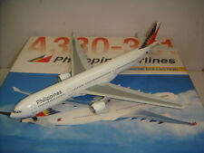 "Dragon Wings 400 Philippine Airlines PR A330-300 ""1990s color"" 1:400"