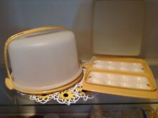 Vintage Tupperware Cake Carrier and Egg Tray, Harvey Gold
