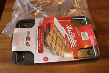 Mrs Fields Cool Bake Cookie Sheet All-in-One Cooking Rack and Crisper 11 x 17