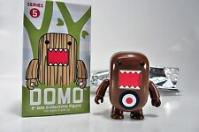 "DOMO 2"" Qee Series 5 FIGURE - TARGET brown  - DOMO Toy2R"
