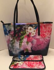 Ted Baker Floryia Focus Bouquet Crosshatch Tote Dark Blue Floryia Two-Piece Set