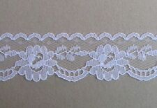 CRAFT-SEWING-LACE 4mtrs x 30mm White Floral Raschel Lace