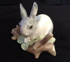 Vtg LLADRO 4773–RABBIT EATING–1971–Bunny on Log–Retired–Gloss–Gray–Spain-MINT