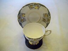 Tuscan Fine English Bone China Tea Cup & Saucer Set Flower Pattern England Made
