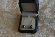 BNIB 14K (585) yellow gold Tahitian pearl earrings