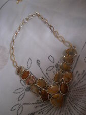 Gorgeous Polished Pebble Agate Cabochon Silver Plated Necklace