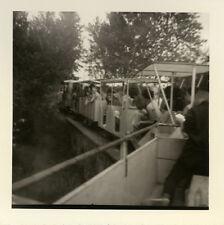 PHOTO ANCIENNE - VINTAGE SNAPSHOT - PETIT TRAIN TOURISTIQUE TOURISME FLOU