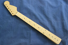 NEW 22 Frets Canadian Maple Neck Fingerboard For ST Guitar Glossy Varnish