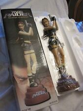 Lara Croft TOMB RAIDER The Angle of Darkness statue figurine
