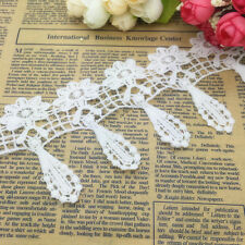 NEW 1 Yards 75mm White Flowers-shape Embroidered Sewing Applique Lace Trim NS02