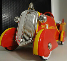 Fire Engine Pedal Car Truck Rare Vintage Classic Midget Metal Model Red & Yellow
