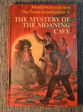Alfred Hitchcock & 3 Investigators Mystery of Moaning Cave Random House 1968 #10