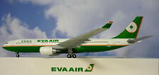 Hogan wings 1:200 Airbus a330-200 Eva Air b-16301 li0458 + HERPA wings catalogue