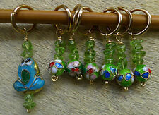 Stitch marker, knitting 6+1,  cloisonne and peridot beads