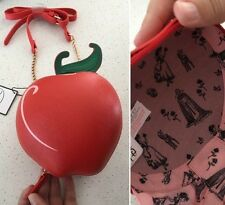 DISNEY SNOW WHITE EVIL QUEEN RED APPLE Novelty Retro Handbag  Bag Primark