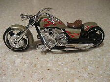 IRON CHOPPER MOTORCYCLE DIE CAST 1:18 SCALE WORKING STEERING FREEWHEELING GOLD