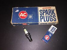 AC R44N Acniter Spark Plugs 5612321 4 Small Green Rings OEM Early NOS