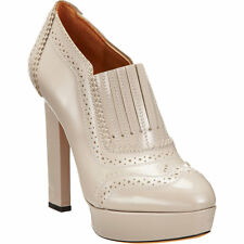 GIVENCHY Glossy Pale Taupe Wingtip Oxford Platform Booties 37 7 $1295