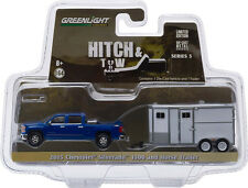 1:64 Hitch & Tow Series 5 2015 Chevrolet Silverado and Unmarked Horse